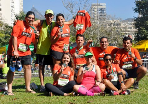 Equipe Natal Runner chegada_Maratona e meia do RJ 2013