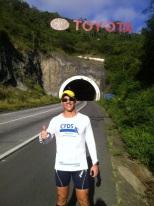 Peu na entrada do túnel Cascavél